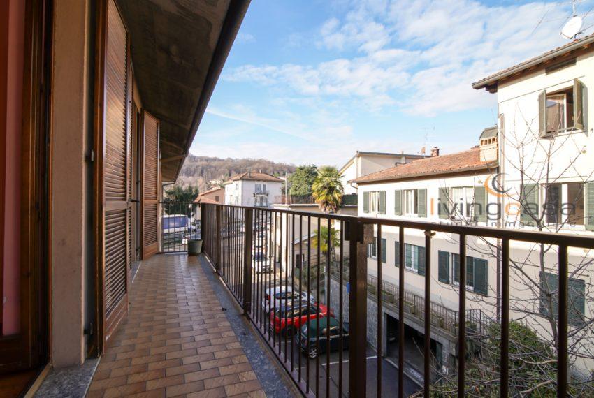 8Olgiate_Livingcasa_balcone