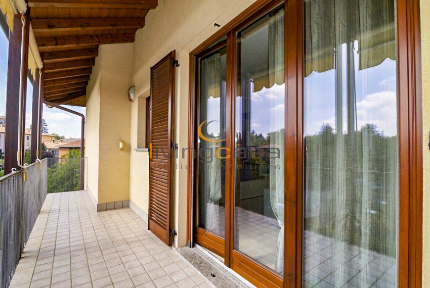 5 Livingcasa balcone Bosisio